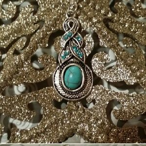Tribal Style Turquoise and Silvertone Necklace